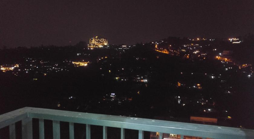 Private Cozy Apartement with a view @Dago