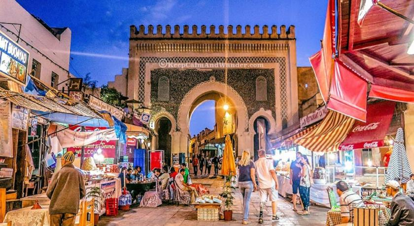 Best time to travel Morocco Dar Jabrane very good apartment in fes