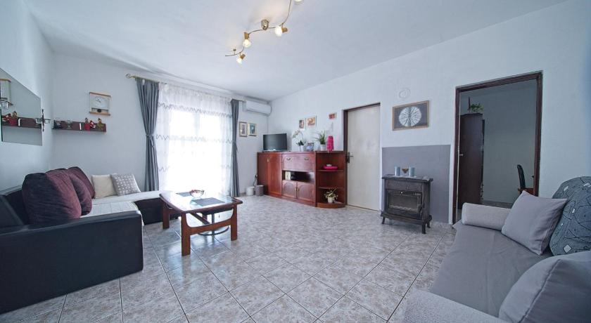 Two bedroom apartment Stura