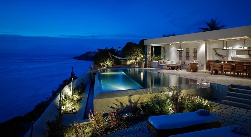 Belvedere Mykonos - Waterfront Villa & Suites