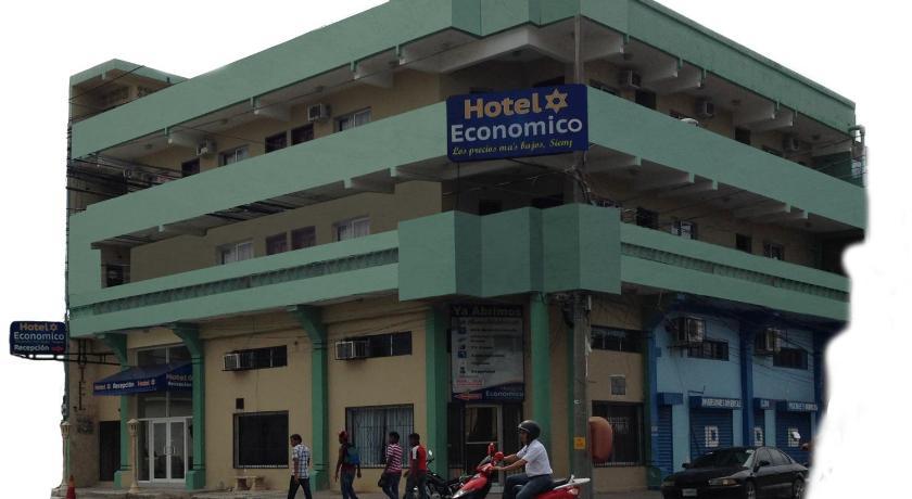 Best time to travel La Ceiba Hotel Economico