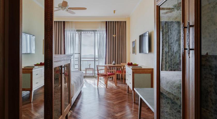 Best Price on Taj Theog Resort & Spa Shimla in Shimla + Reviews!