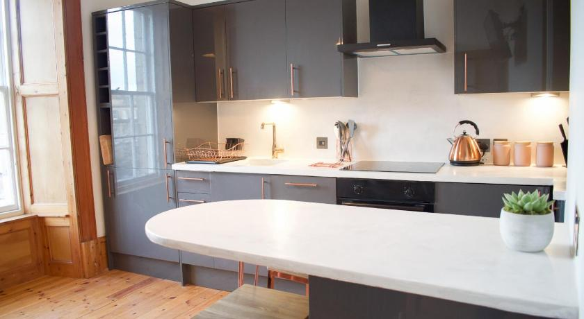 Newly Refurbished 1 Bedroom Apartment in Stockbridge