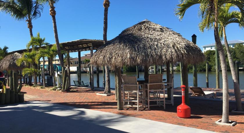 Shipwreck Motel Fort Myers Fl 2020