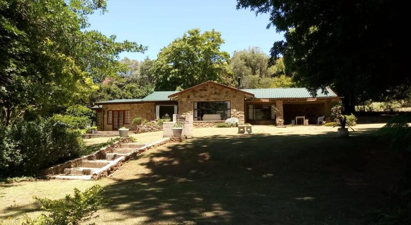 More about Drakensberg House