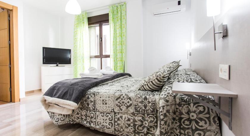 Best time to travel Granada C&V Apartamentos - Horno de Marina