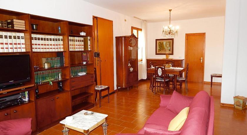 N182 Numana Villetta Quadrilocale Con Giardino E Terrazzo