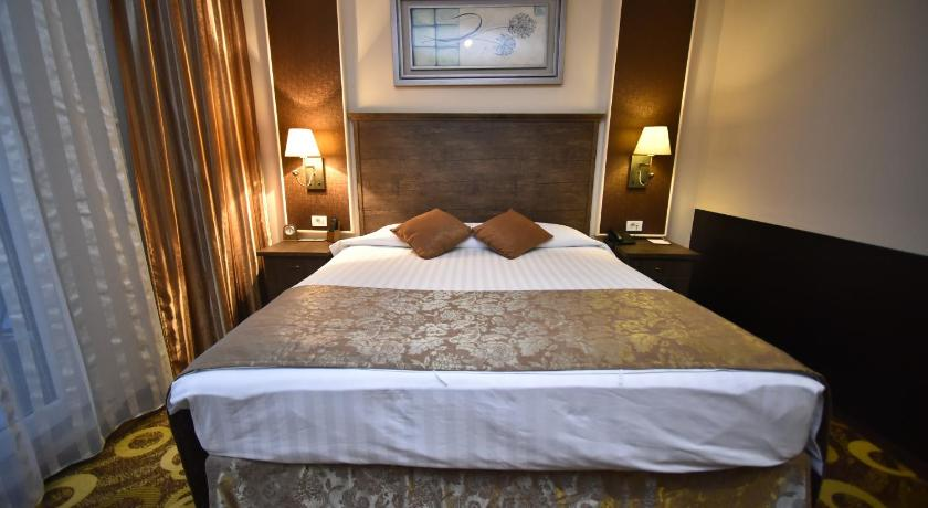 Best time to travel Armenia Imperial Palace Hotel Yerevan