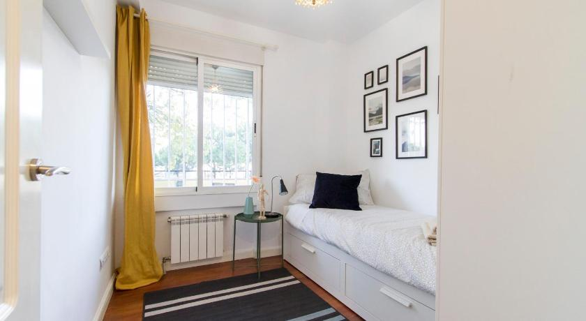 Two-Bedroom Apartment TRANQUILIDAD Y COMODIDAD EN MADRID RIO