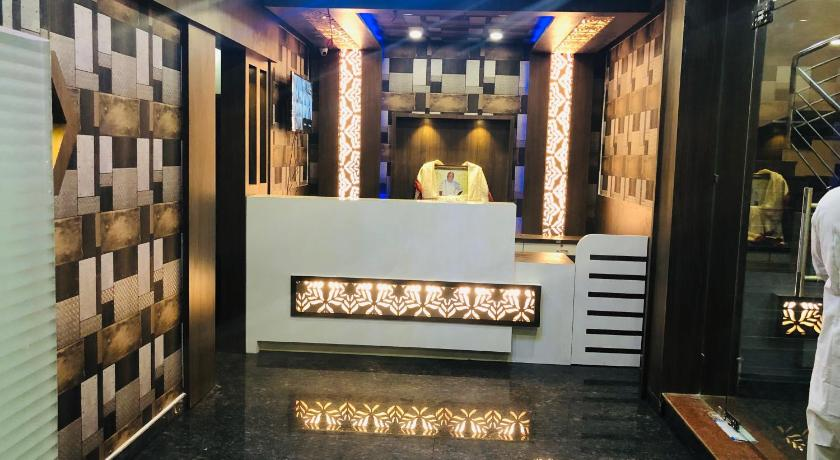 Hotel Om Palace Puri India Photos Room Rates Promotions