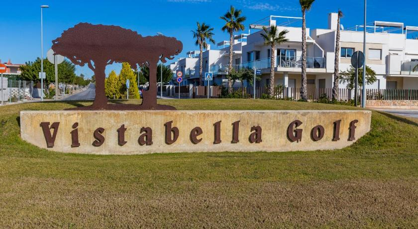 More about Vistabella Golf