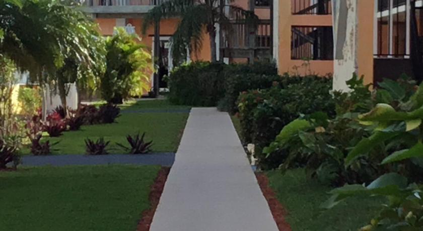 Best time to travel Freeport Running Mon Sunrise Resort & Marina
