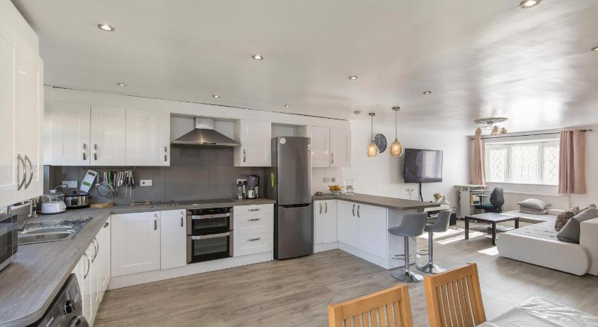 Beautiful 3 bedroom house in Sydenham