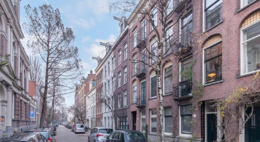 Modern House Amsterdam East Prices Photos Reviews Address