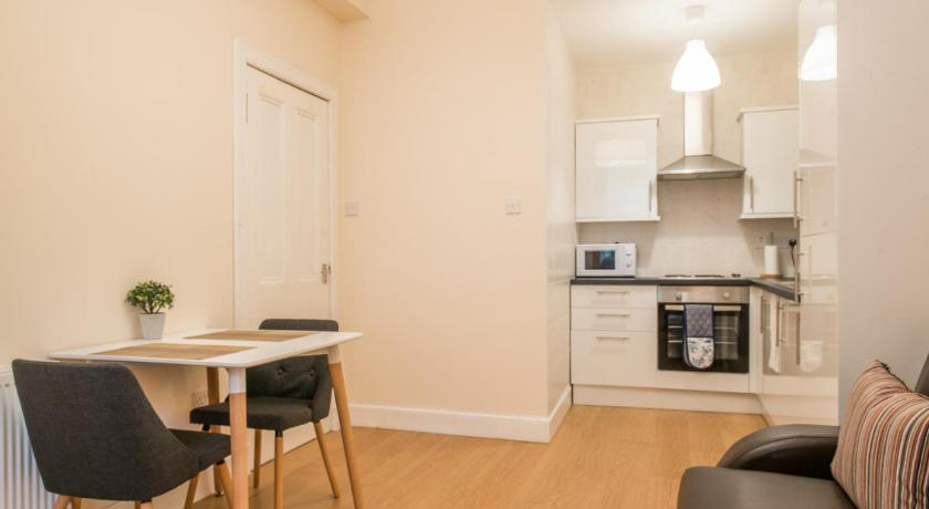 Se alla 21 bilder Cozy 1 bed Apartment in Edinburgh w/free parking!