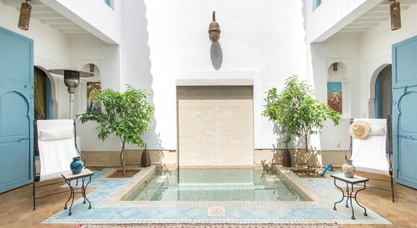 Best time to travel Morocco Riad Ayla avec Piscine Privée