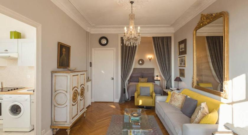Lovely & Bright Apartment in Nice