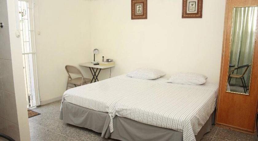 Best time to travel Trinidad and Tobago Carnival Accommodation !