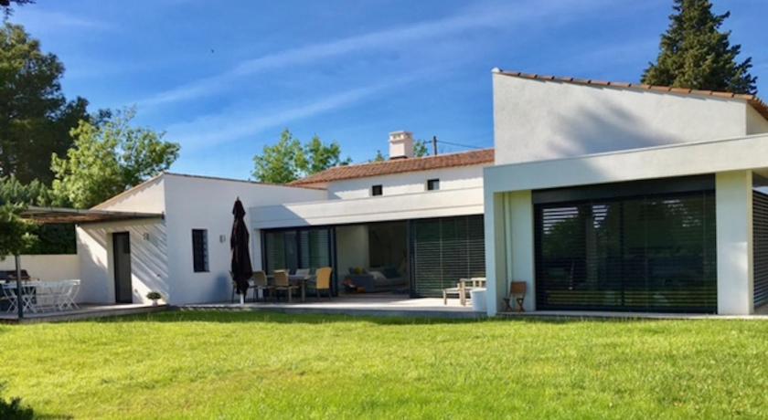 Maison moderne avec piscine (la Buissonne), Aix-en-Provence - agoda.com
