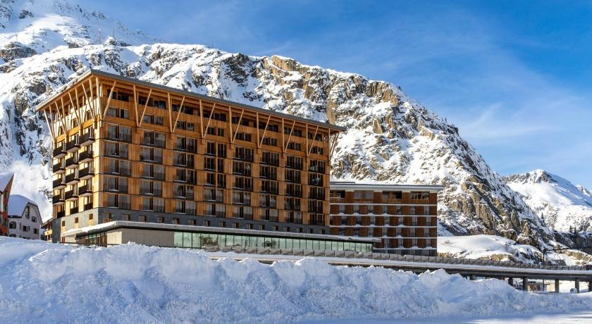 More about Radisson Blu Hotel Reussen, Andermatt