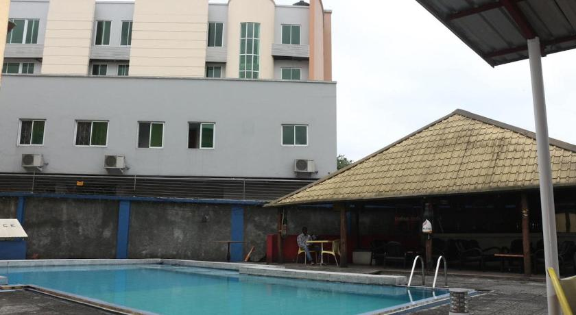 Best time to travel Nigeria Royal Residence