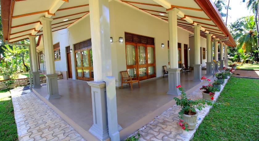 Lake Garden Villa Colombo Prices Photos Reviews Address Sri Lanka