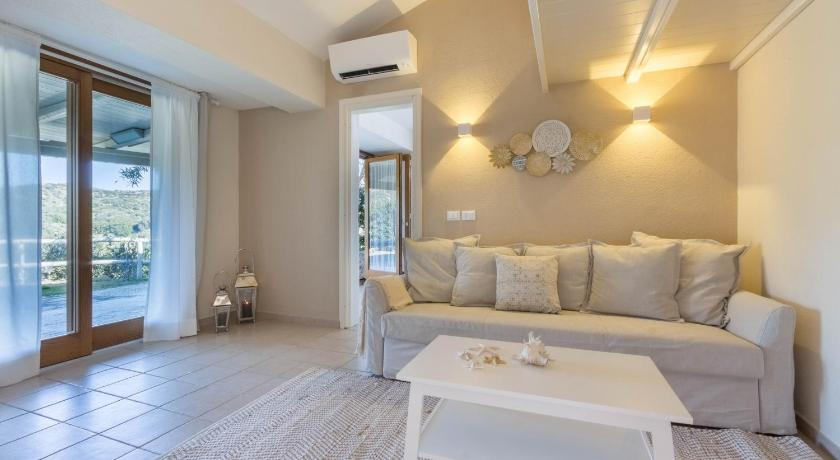 Relax In Due.Best Price On Villa Luna Total Relax A Due Passi Dalla