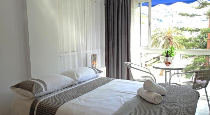 Best time to travel Costa del Sol Los Caballos Studio Apartment