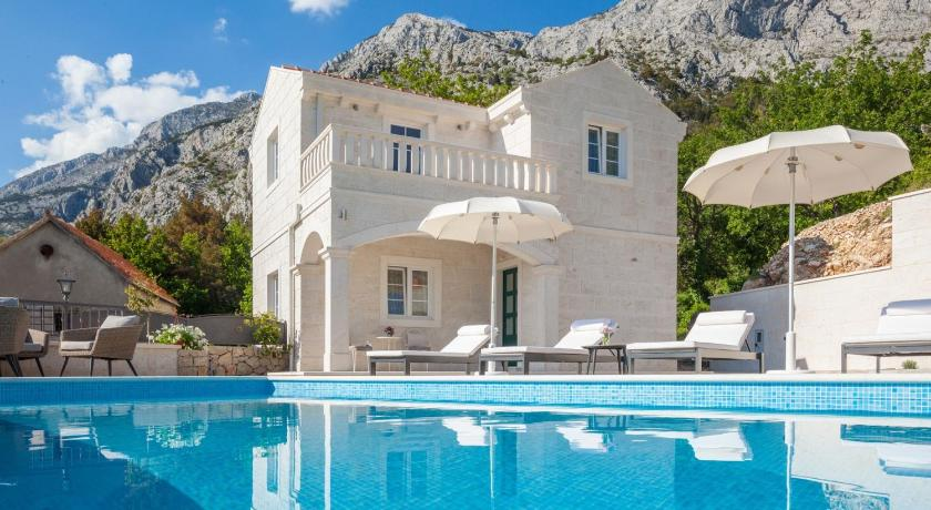 cttu176/ Dalmatian stone house with private pool