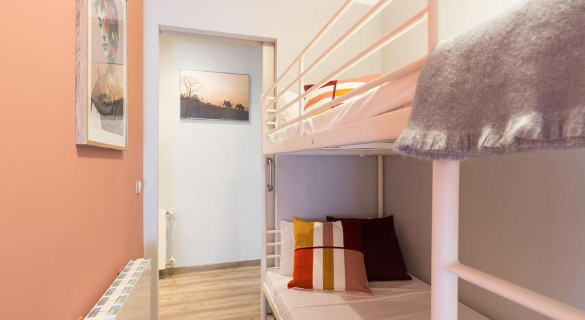 Cozy 2 Bed Apt near Sagrada Familia - Barcelona