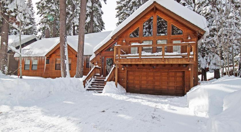 More about Black Bear Lodge