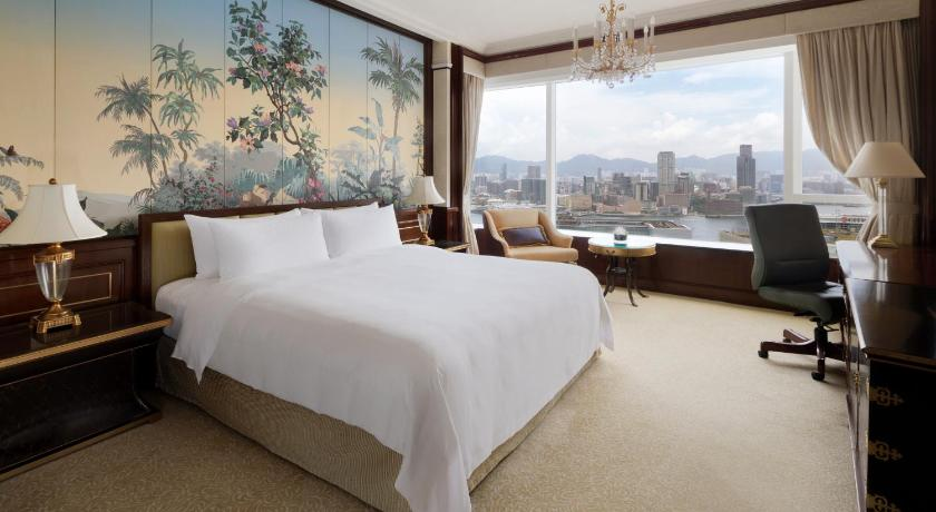 Best time to travel Sha Tin Island Shangri-La Hong Kong
