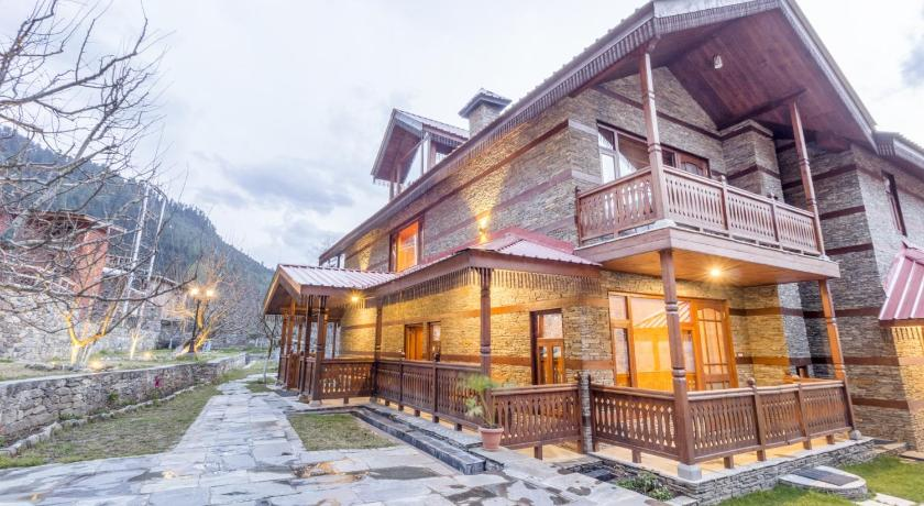 Boutique stay with spa in Karjan, Manali, by GuestHouser 60809