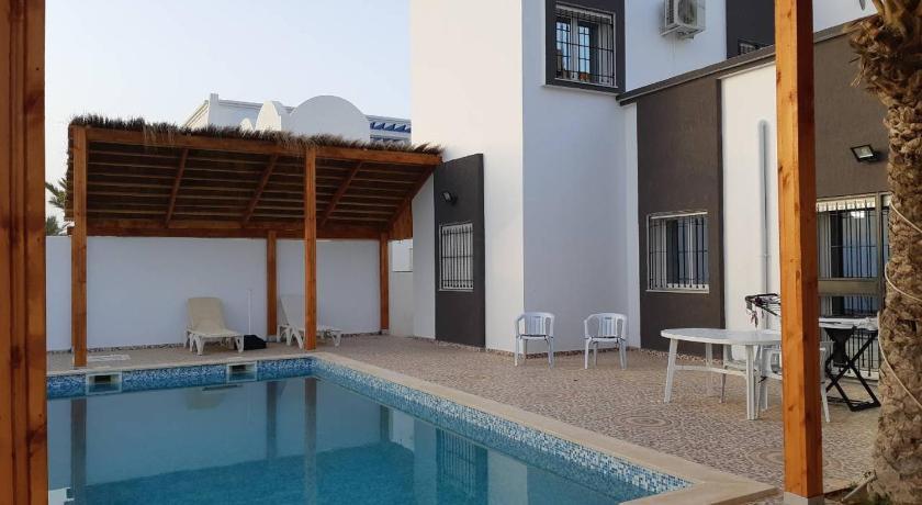 Best time to travel Tunisia Villa de charme midoun