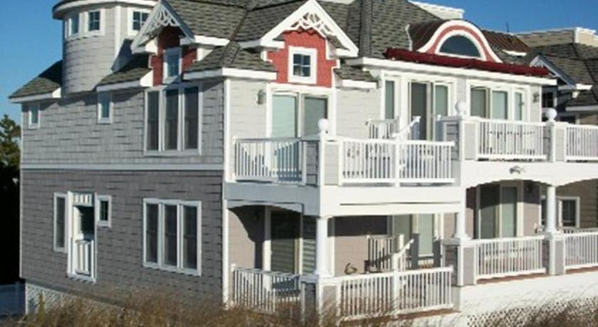Best Price On Surf City Ocean Front Contemporary Relax And
