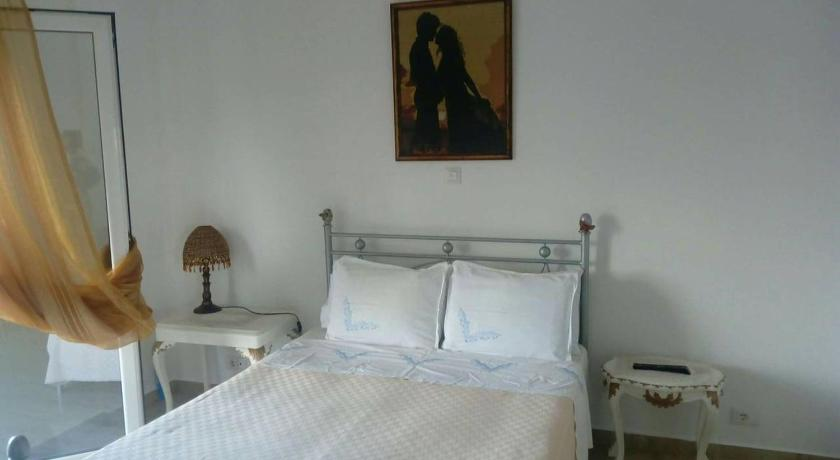 Best time to travel Kuçovë Room near Berati with private bathroom
