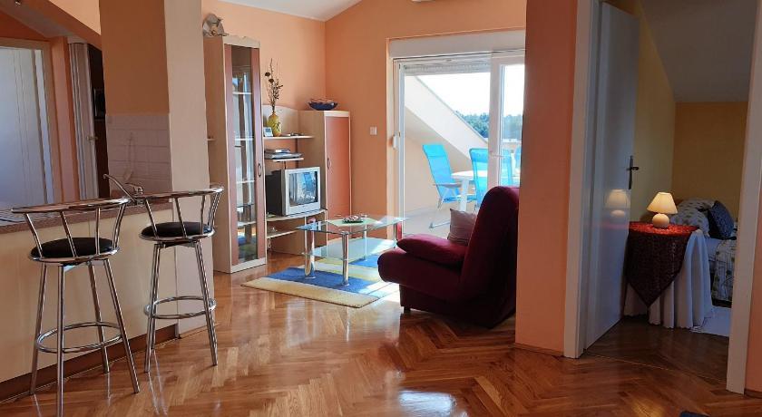 Promo 50% Off Beautiful Two Bedroom Apartment In Novalja ...