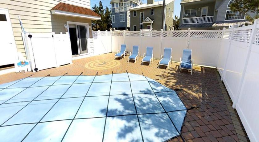 Surf City Oceanside Home With A Pool One Of The Oceans With