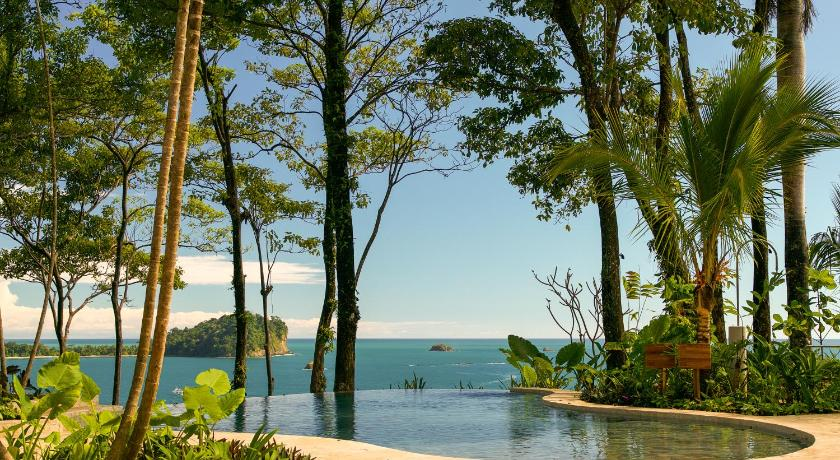 More about Arenas del Mar Beachfront & Rainforest Resort