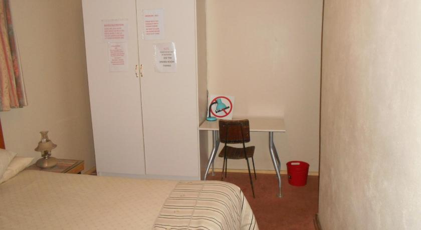 Double Room Pilot Inn Accommodation