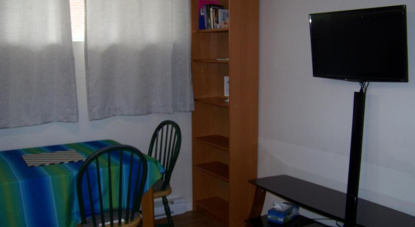 Ver as 24 fotos Charming One-bedroom apartment, close to the airport, WIFI, Parking