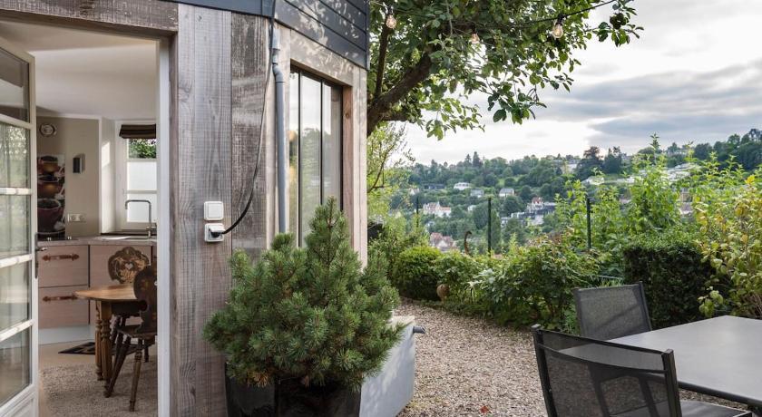 Superbe Studio DECO terrasse vue, Mont-Saint-Aignan, France ...
