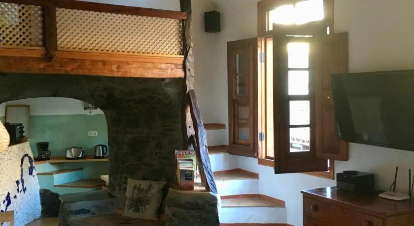 Best time to travel La Gomera Casa Ambiente