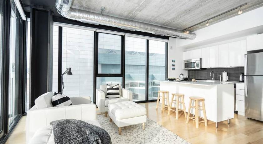 Elegant Industrial Suite On The 7th Floor Winnipeg Mb 2020