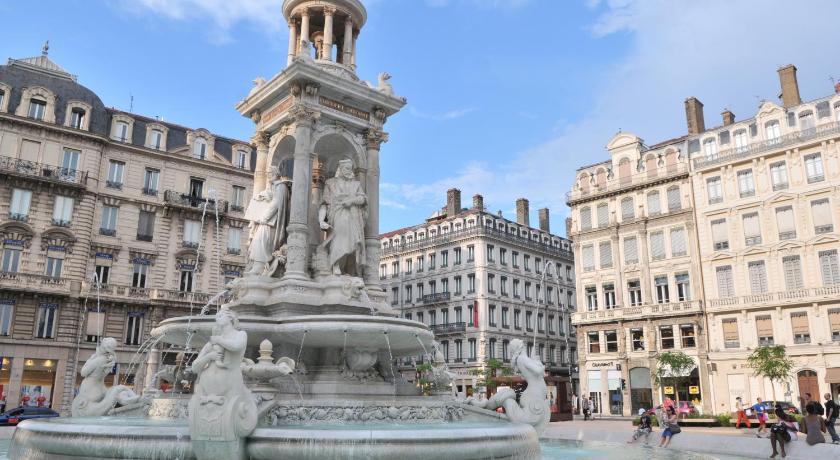 Best time to travel France Mercure Lyon Centre Beaux-Arts