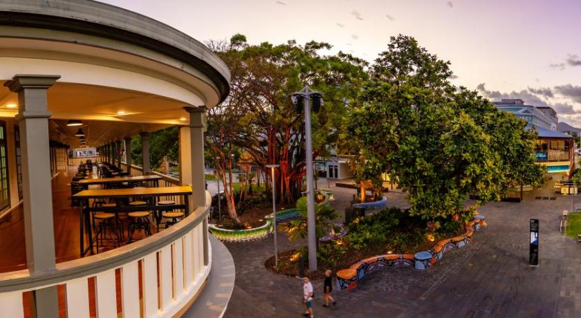 Hides Hotel Cairns