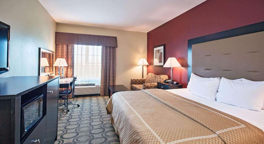 La Quinta Inn & Suites by Wyndham New Iberia