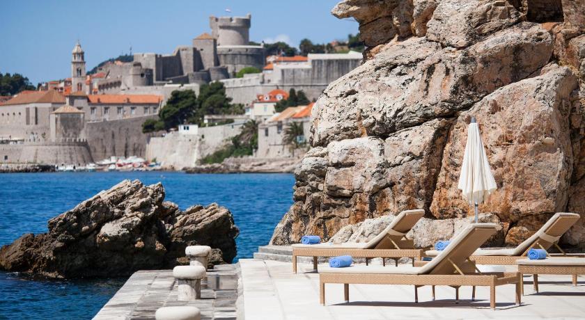 Best time to travel Dubrovnik Grand Villa Argentina