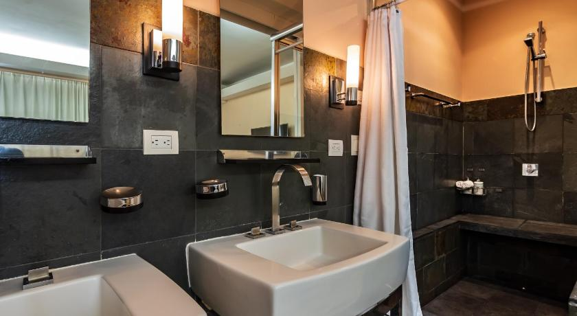 Studio Gaia Hotel & Reserve- Adults Only