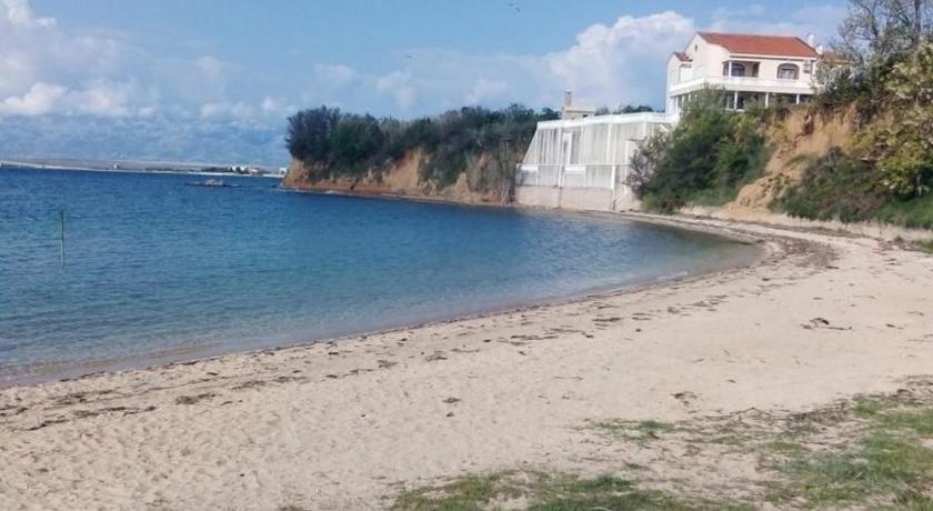 Apartments Lueva Privlaka Hrvaška - NAJBOLJŠE CENE S ...